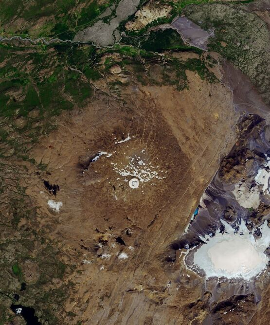 Zdjęcie lodowca Okjokull wykonane w 2019 roku (NASA Earth Observatory/Joshua Stevens)