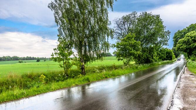 Pogoda może lokalnie sprawiać utrudnienia