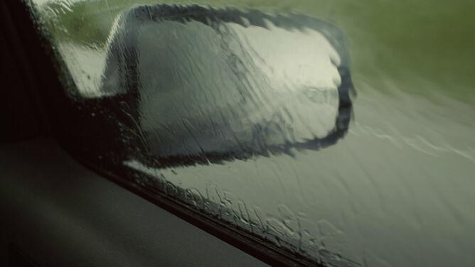 Opady deszczu i burze utrudnią podróżowanie