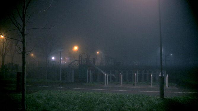 Mgły ograniczające widzialność, roztopy. <br />Alerty przed groźną pogodą