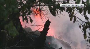 W miejscowości Lechów zapalił się dach stodoły